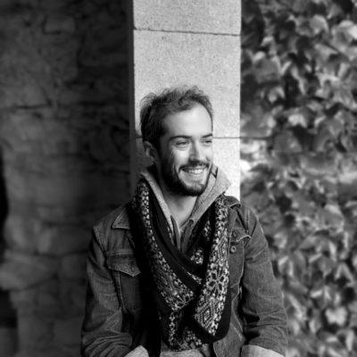 Adam Roux, Archéologue du bâti